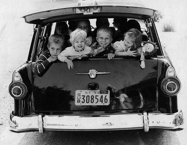 Children of Palisades in the 1950s